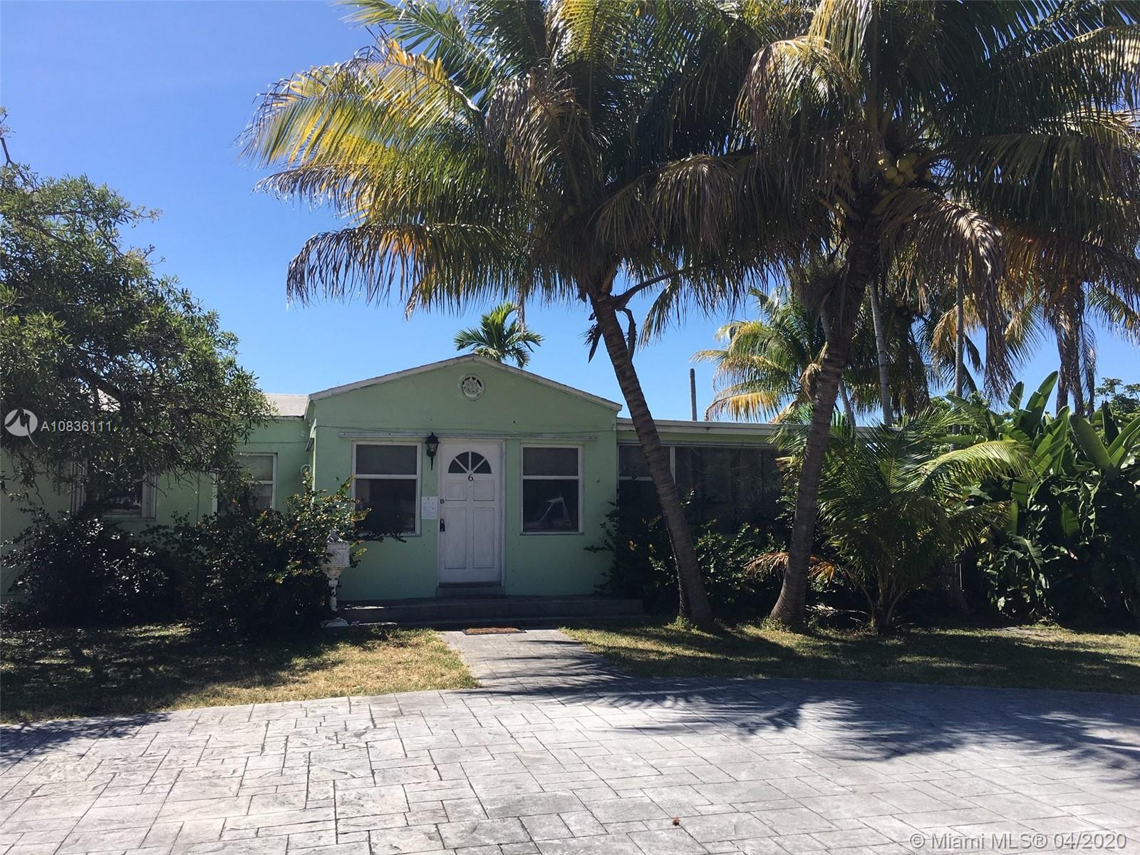 403 SW 12th St  For Sale A10836111, FL