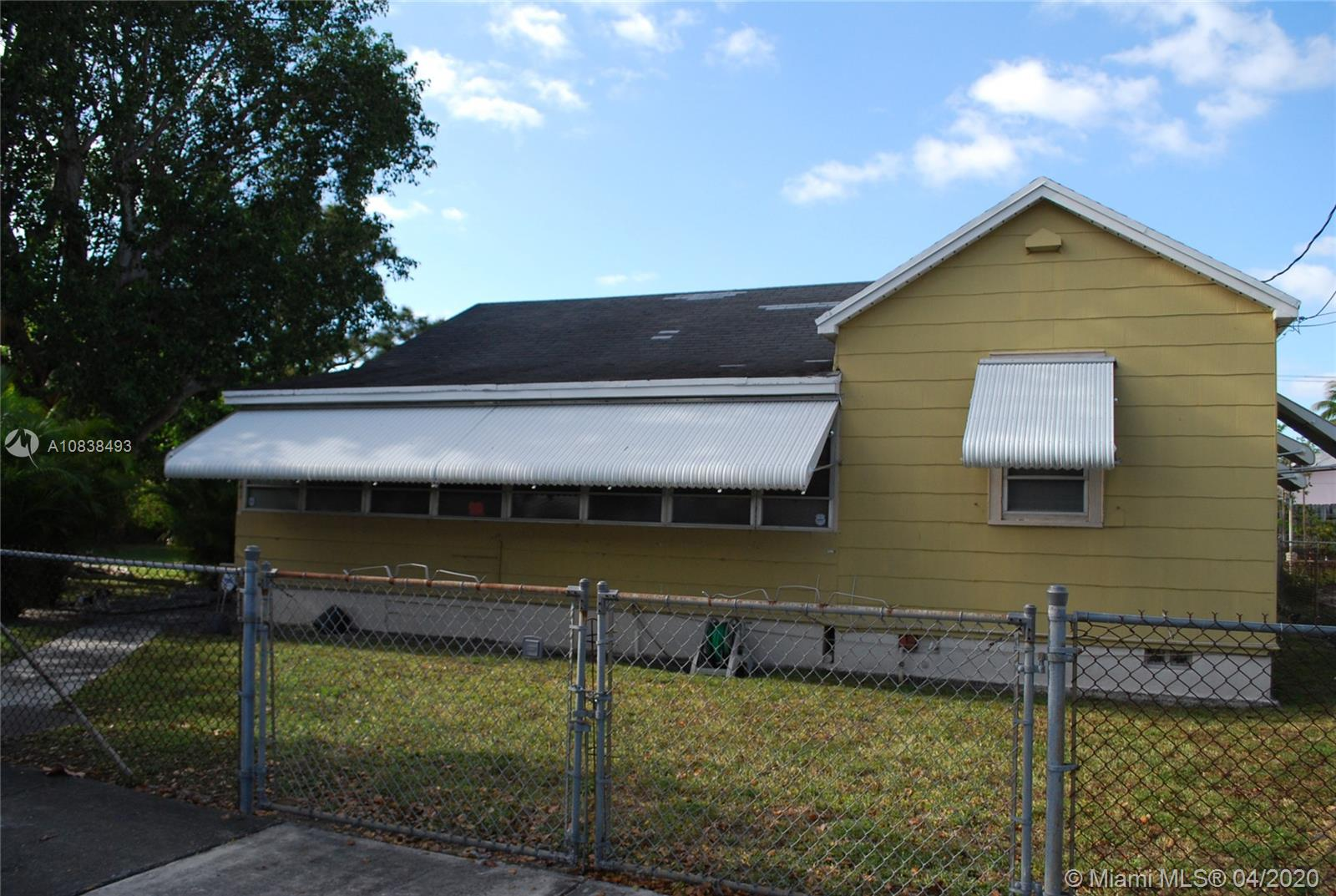 4241 SW 7th St  For Sale A10838493, FL