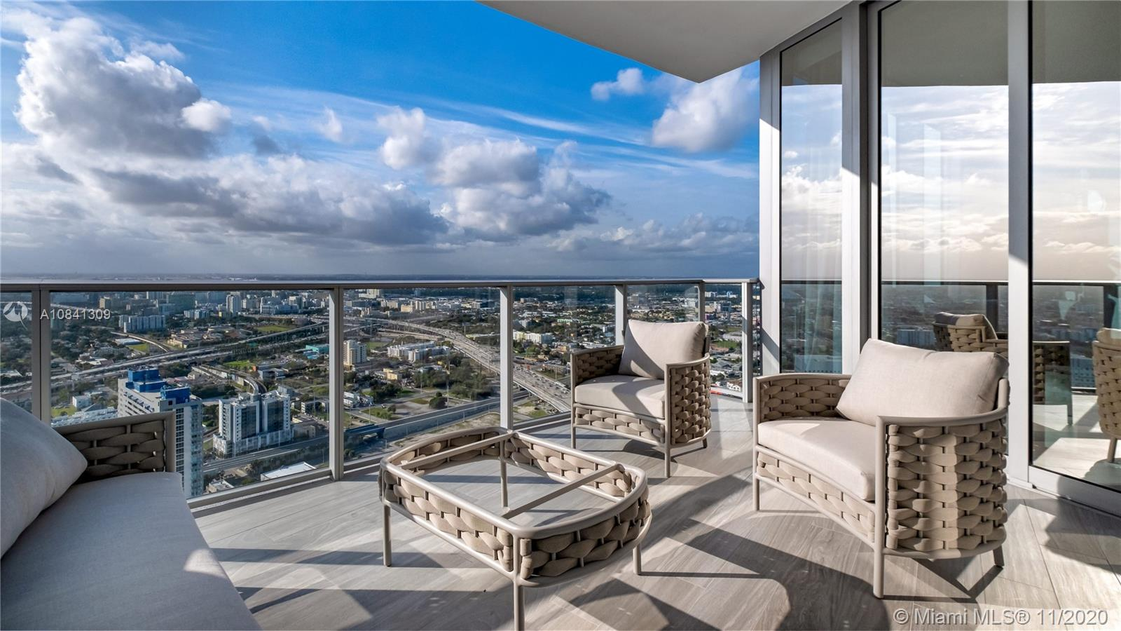 851 NE 1st Ave #4304 For Sale A10841309, FL