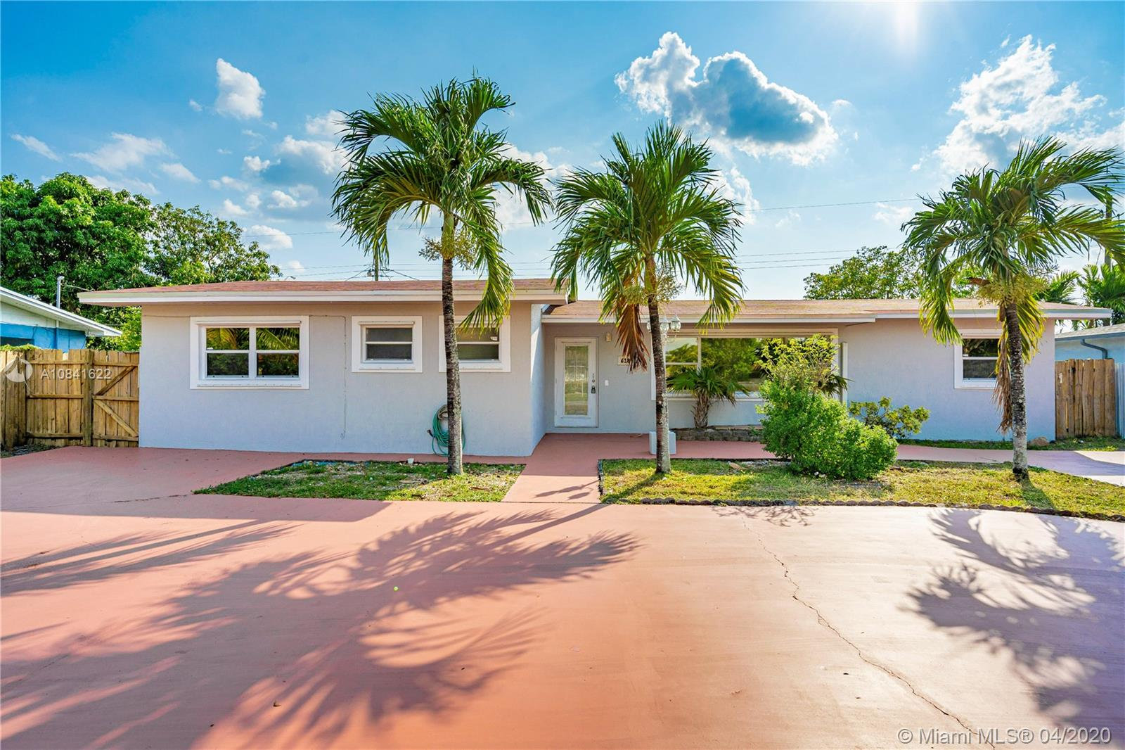 618 W 65th Dr  For Sale A10841622, FL