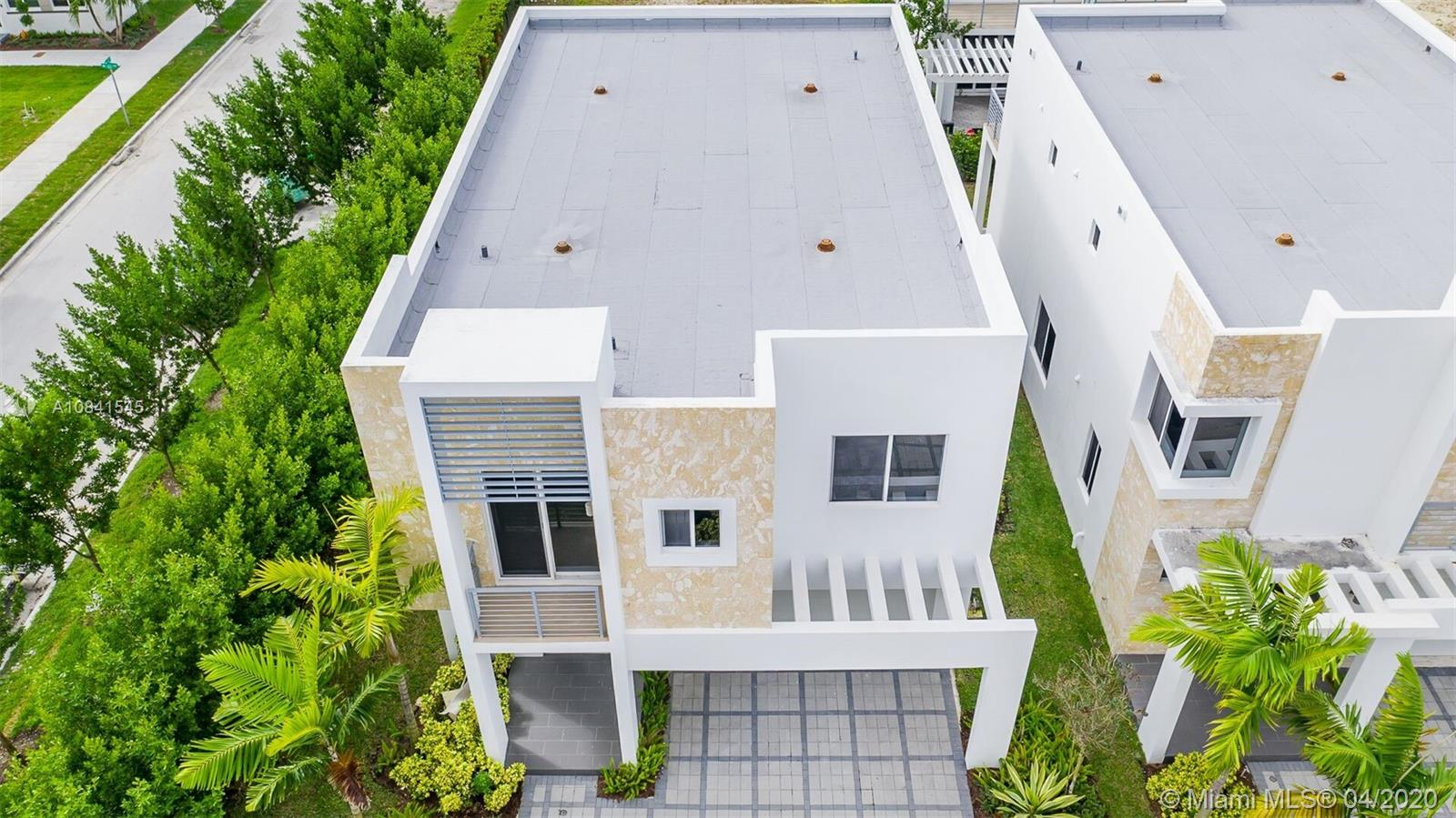 6720 NW 103rd Ave  For Sale A10841545, FL