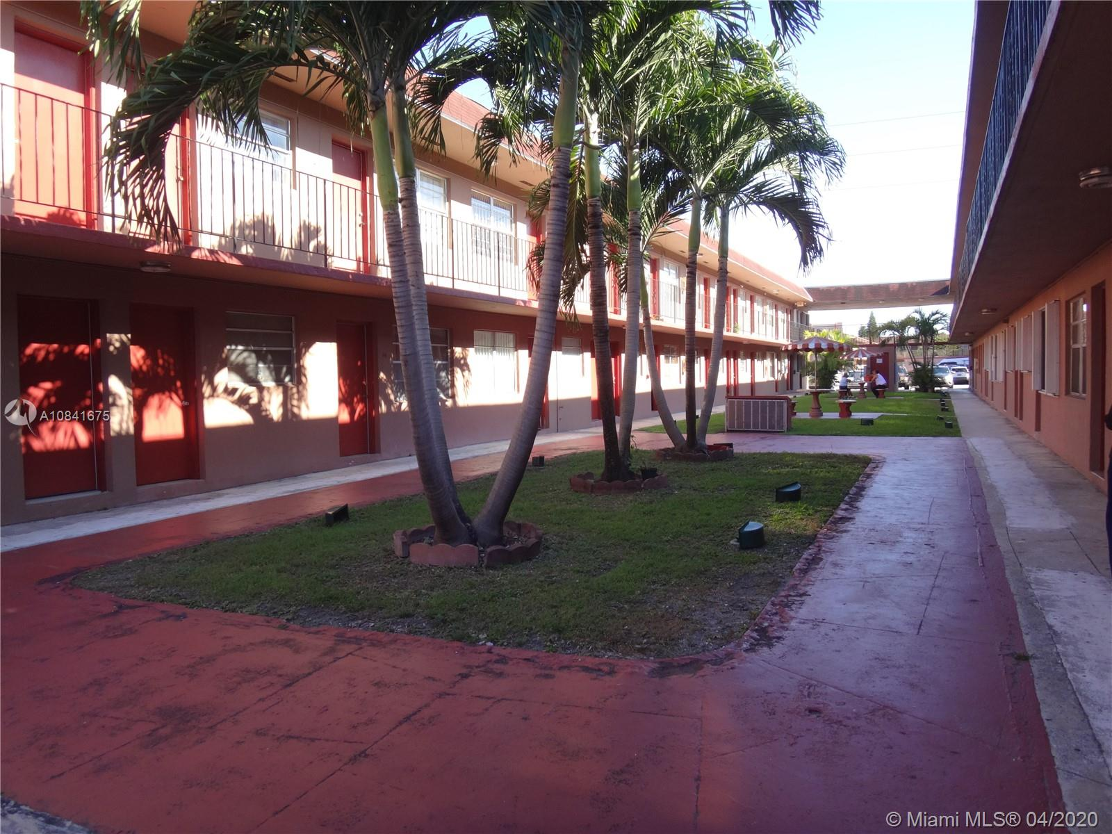 1281 W 29th St #8 For Sale A10841675, FL