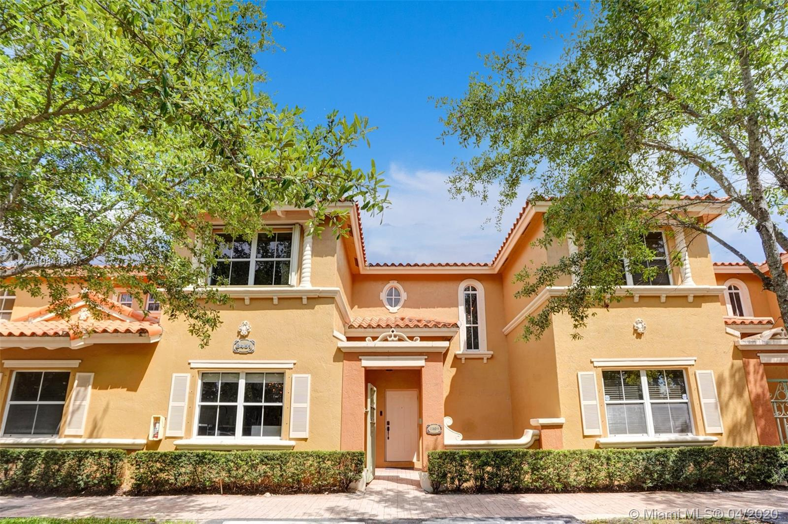 8451 NW 138th St #2304 For Sale A10841678, FL