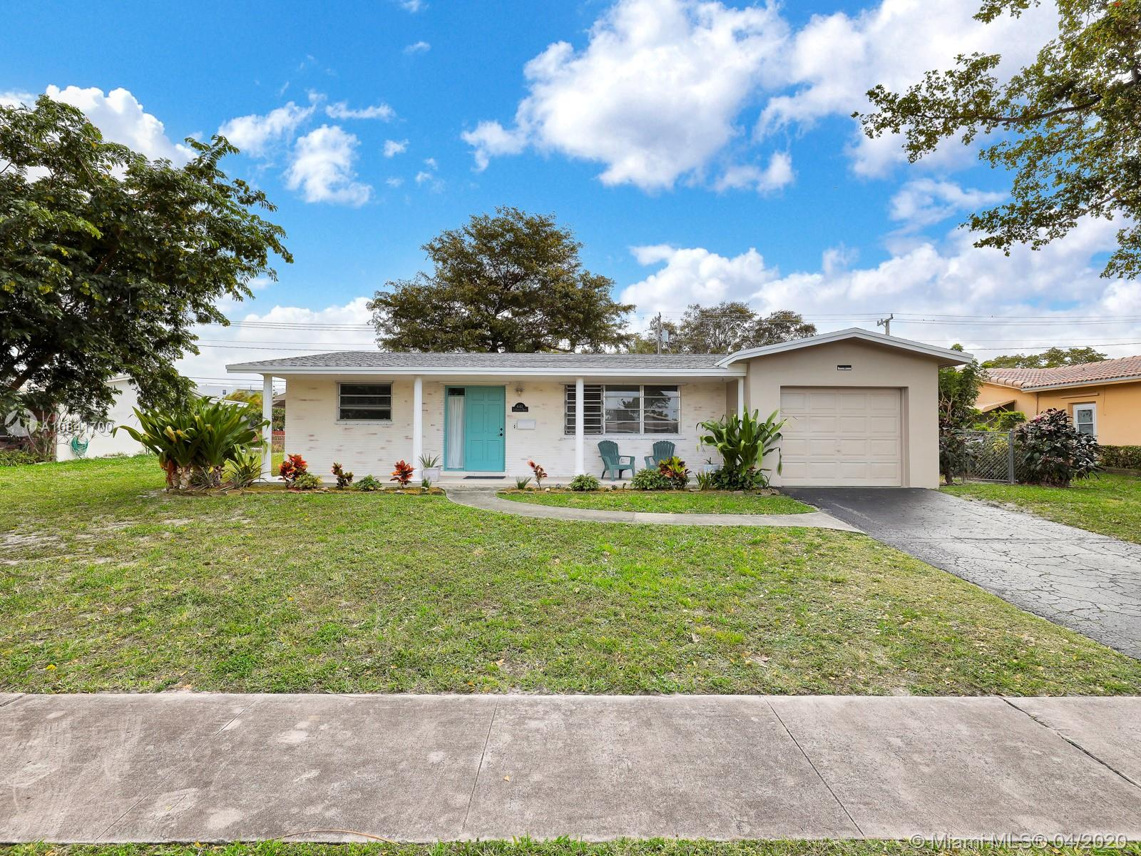 642 S Crescent Dr  For Sale A10841700, FL