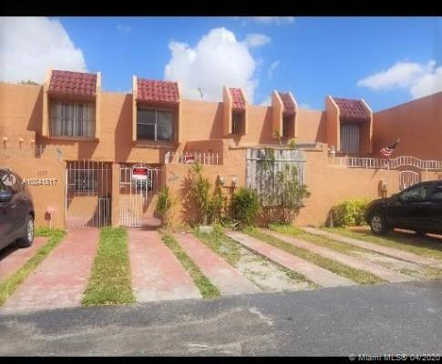 1057 W 42nd Pl #12 For Sale A10841817, FL
