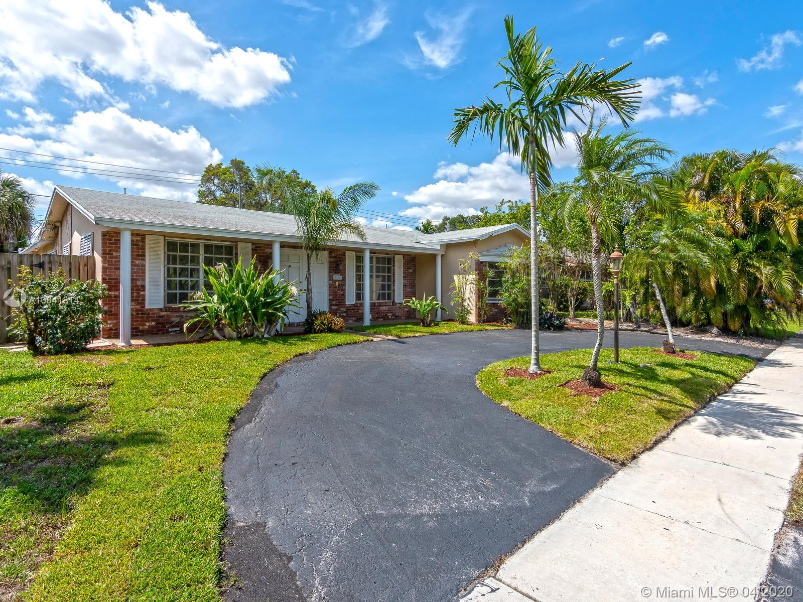 3348  Liberty St  For Sale A10841814, FL