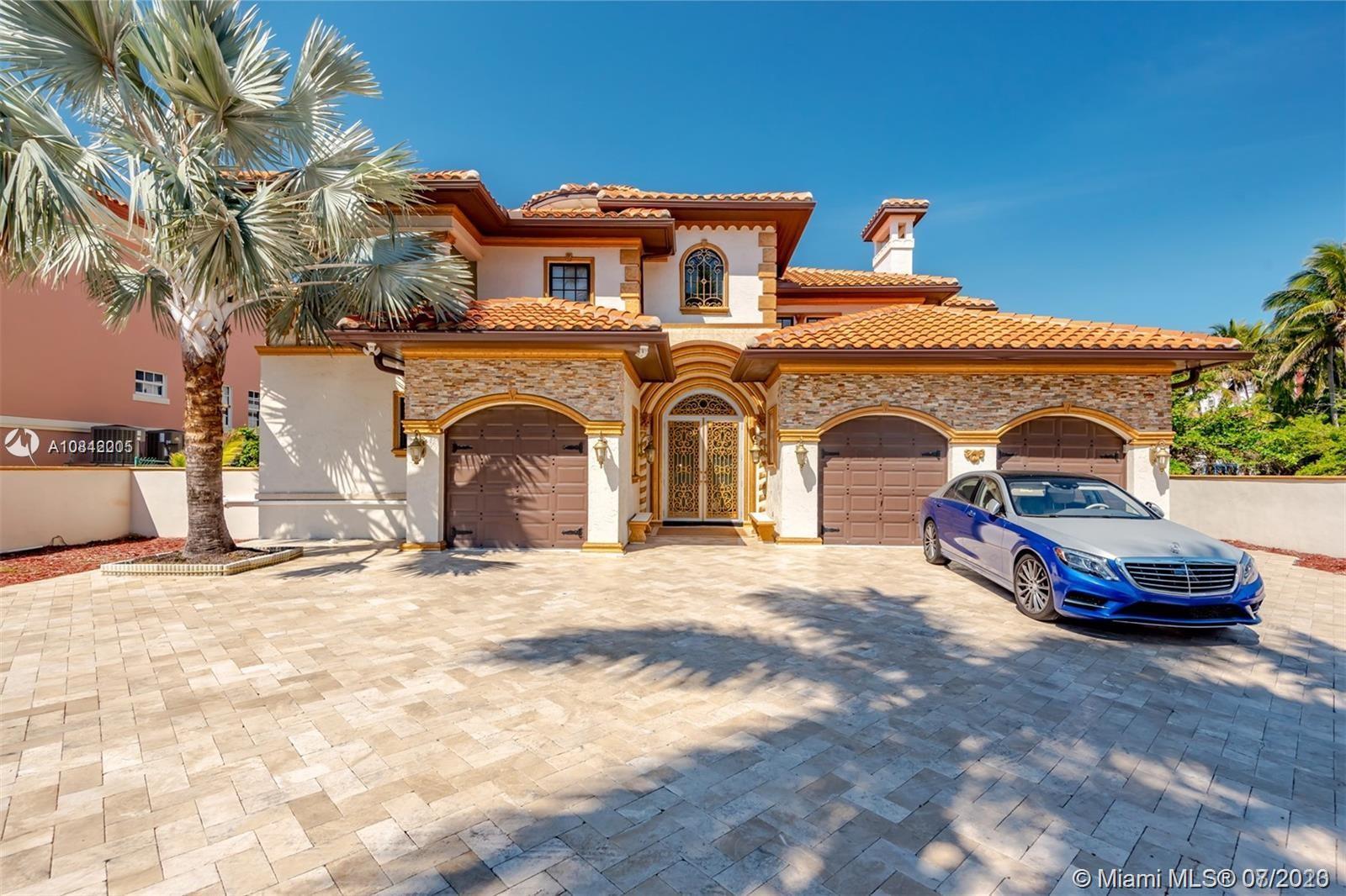 674  Ocean Blvd  For Sale A10842005, FL
