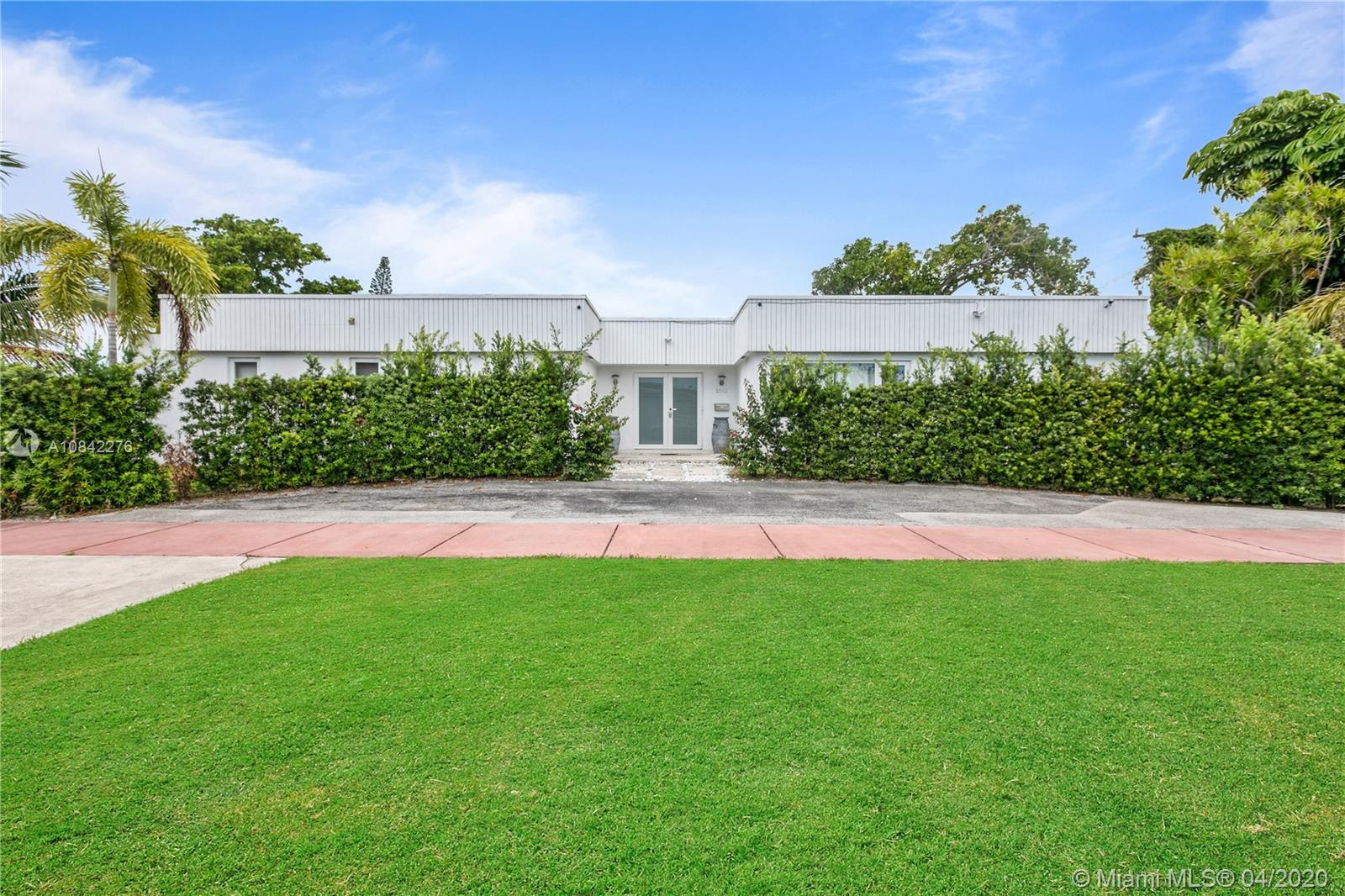 1501  71st St  For Sale A10842276, FL