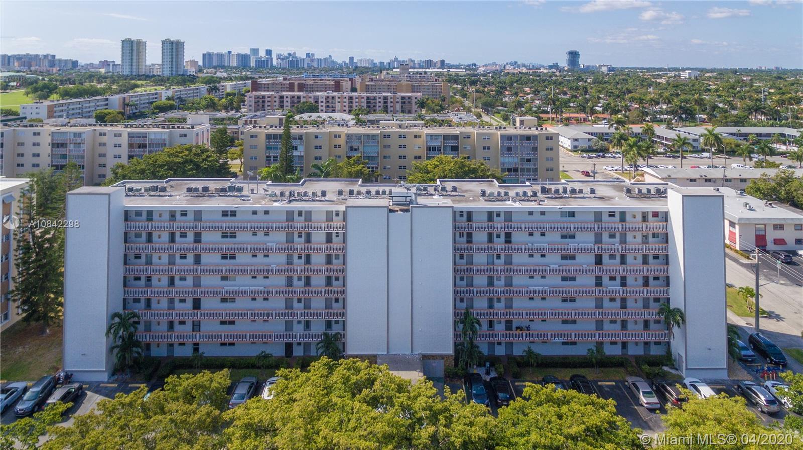 1000 NE 12th Ave #305 For Sale A10842298, FL
