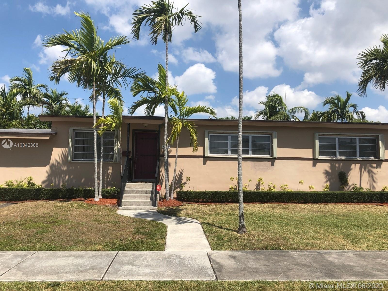 8521 SW 28th St  For Sale A10842388, FL