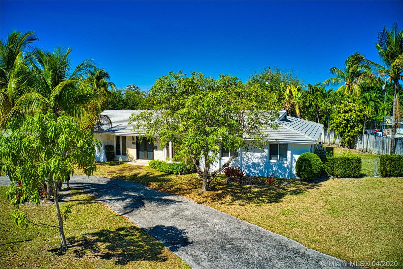 8055 SW 142nd Ter  For Sale A10836483, FL