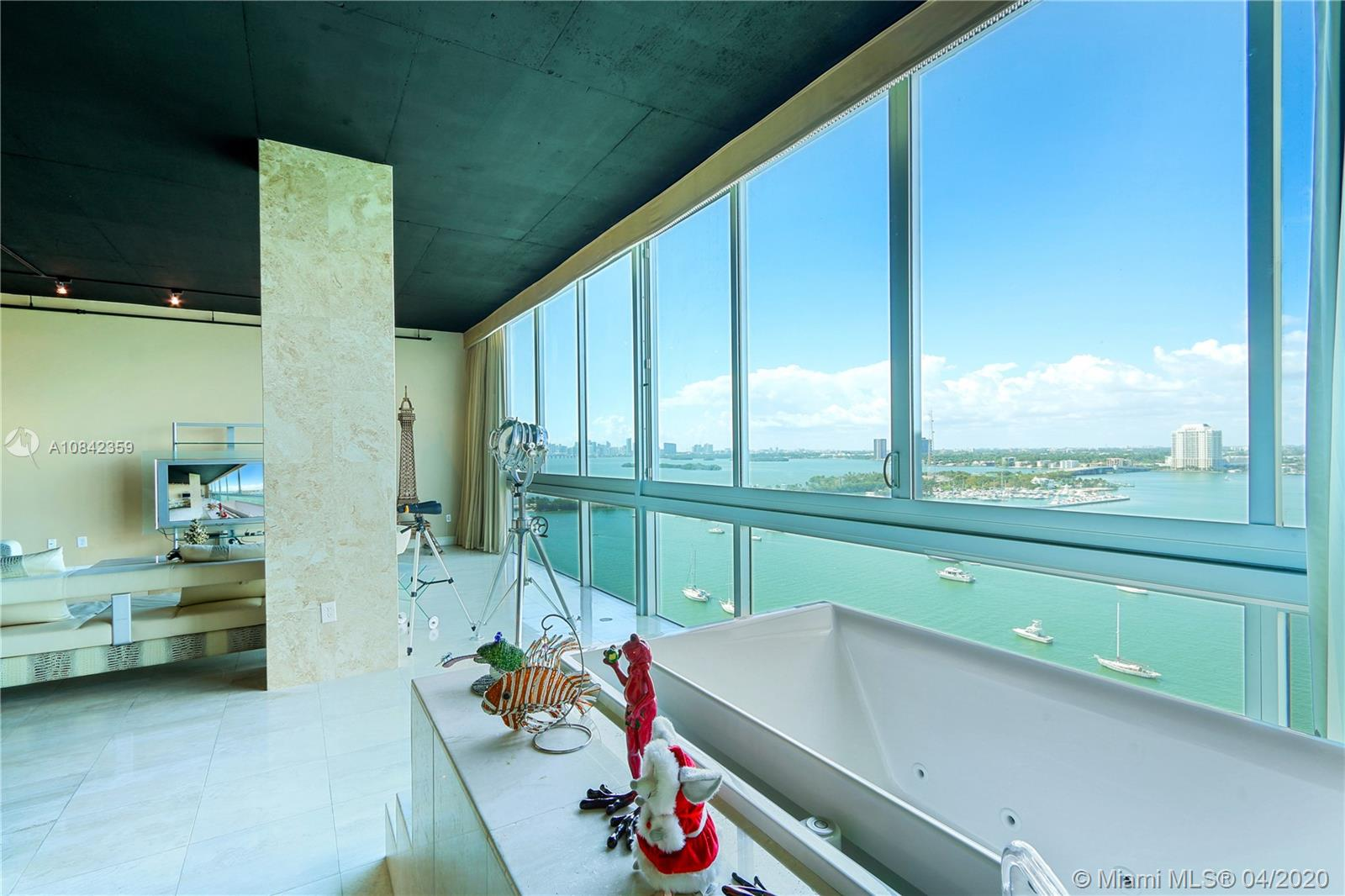 7934  West Dr #1403 For Sale A10842359, FL