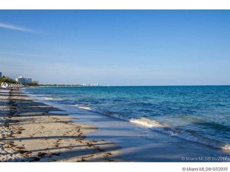 550  Ocean Dr #3E For Sale A10842471, FL