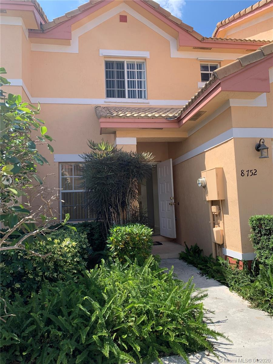 8752 SW 21st  Ct #8752 For Sale A10842464, FL