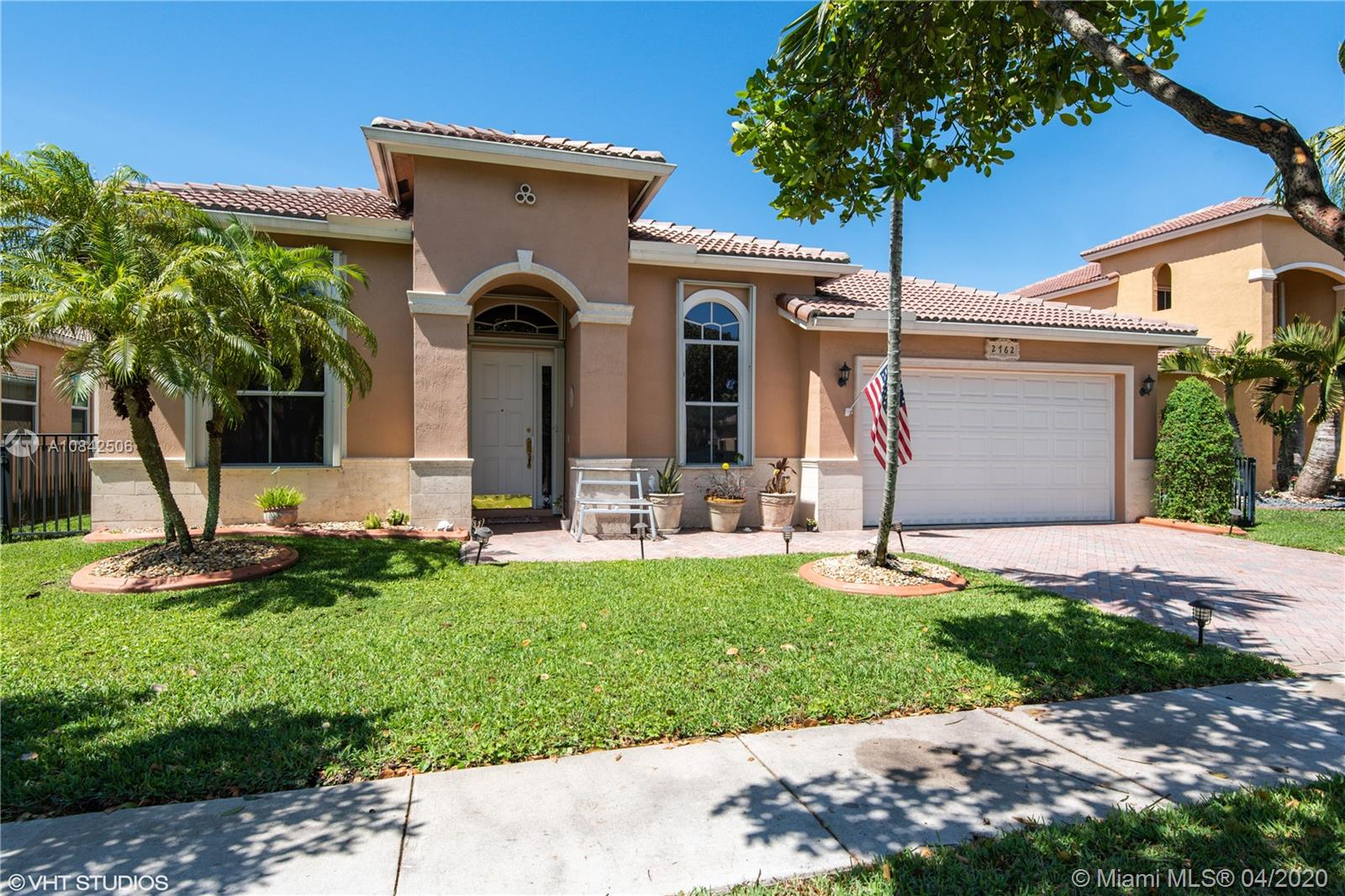 2762 SW 130th Ter  For Sale A10842506, FL