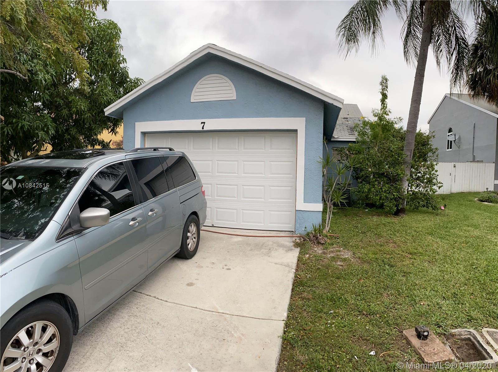 7 Ripley Way 7, Boynton Beach, FL 33426