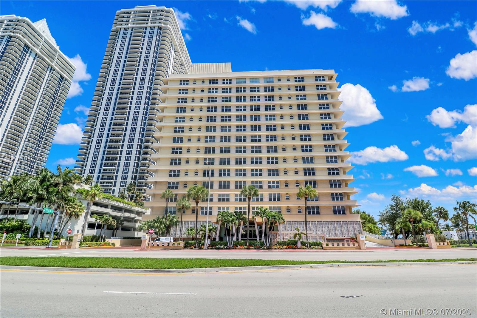4747  Collins Ave #1109 For Sale A10842166, FL