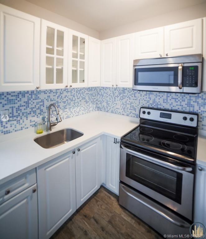 53 NE 49th St #7 For Sale A10842799, FL