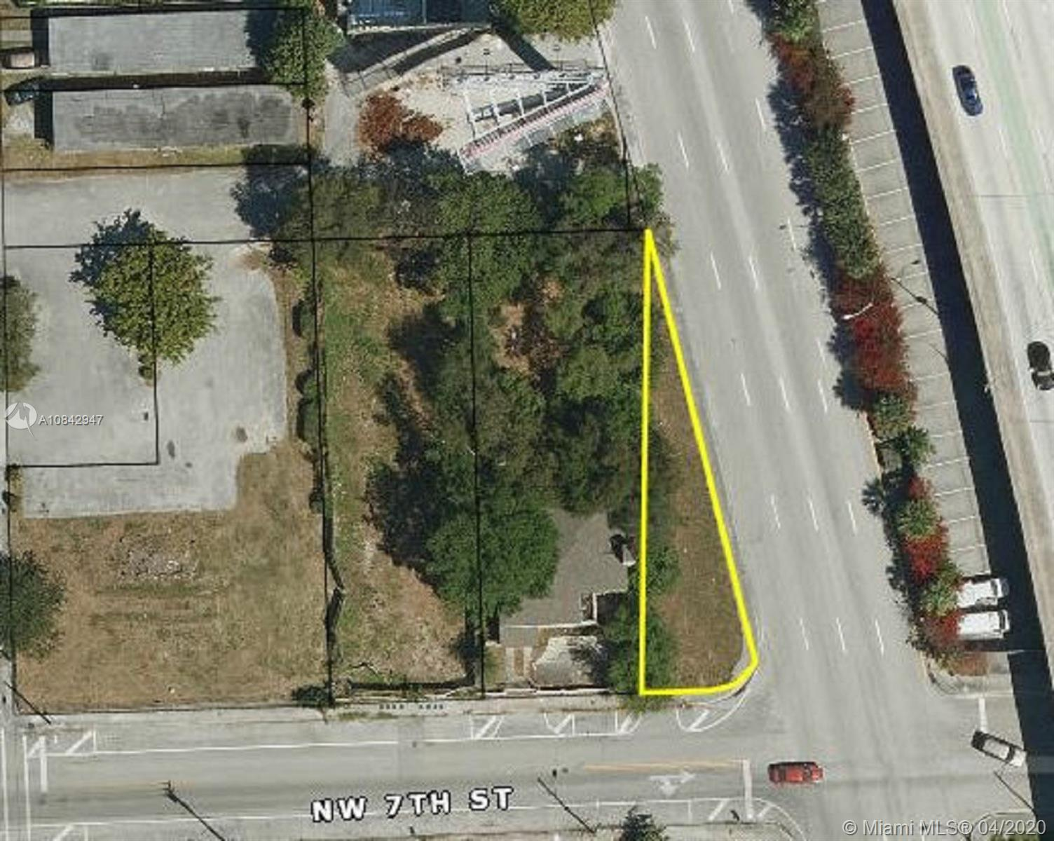 7th St Nw 3dr ct  For Sale A10842947, FL