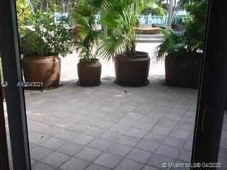 1500  Bay Rd #136S For Sale A10843021, FL