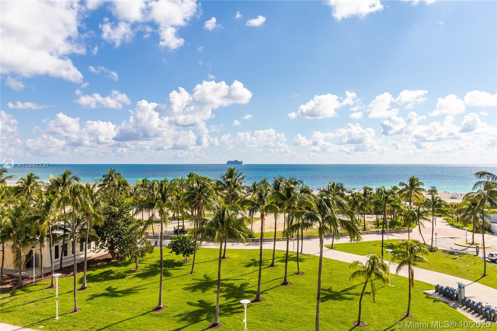 510  Ocean Dr #500 For Sale A10842737, FL