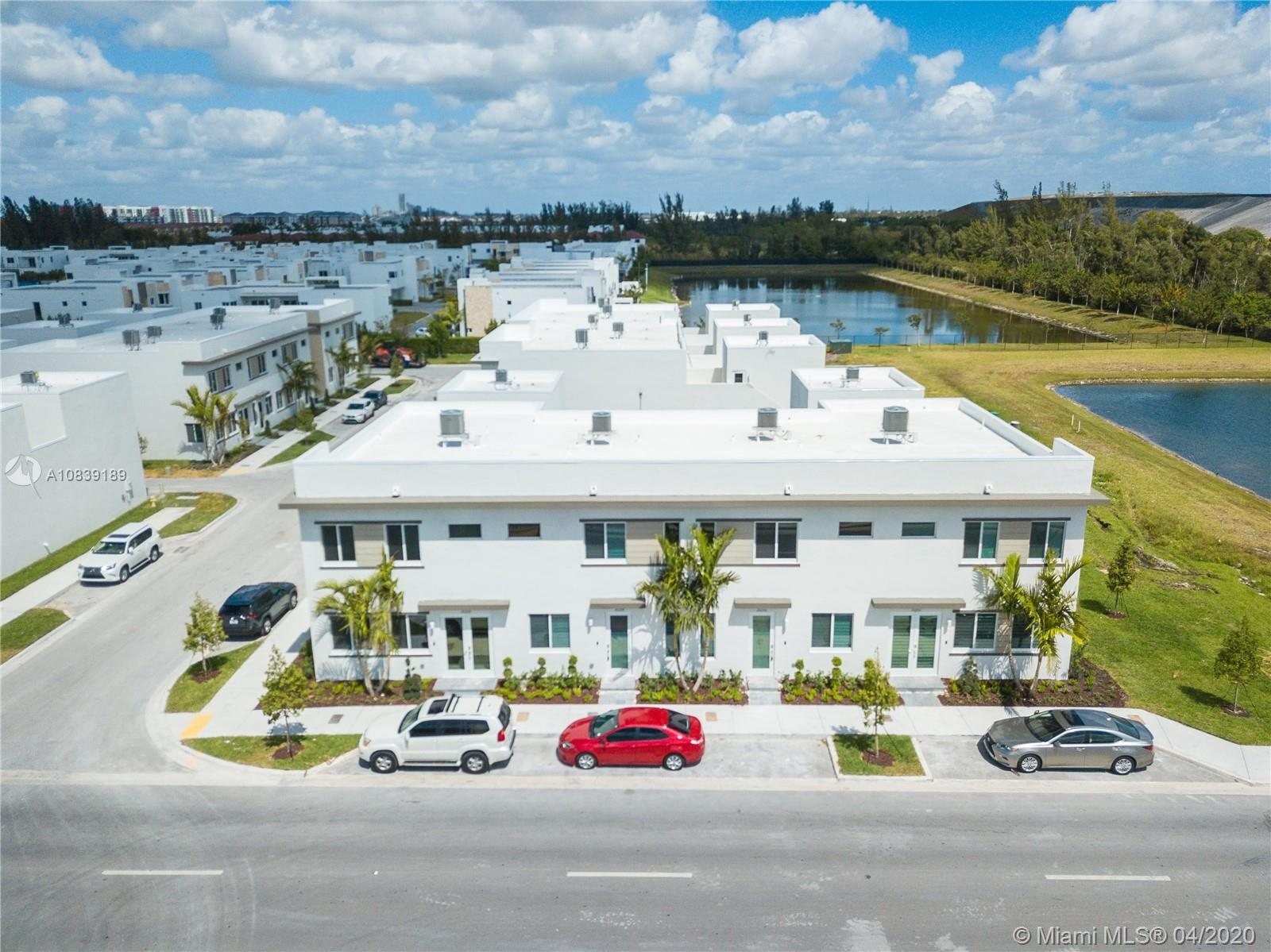 10259 NW 66th St #10259 For Sale A10839189, FL
