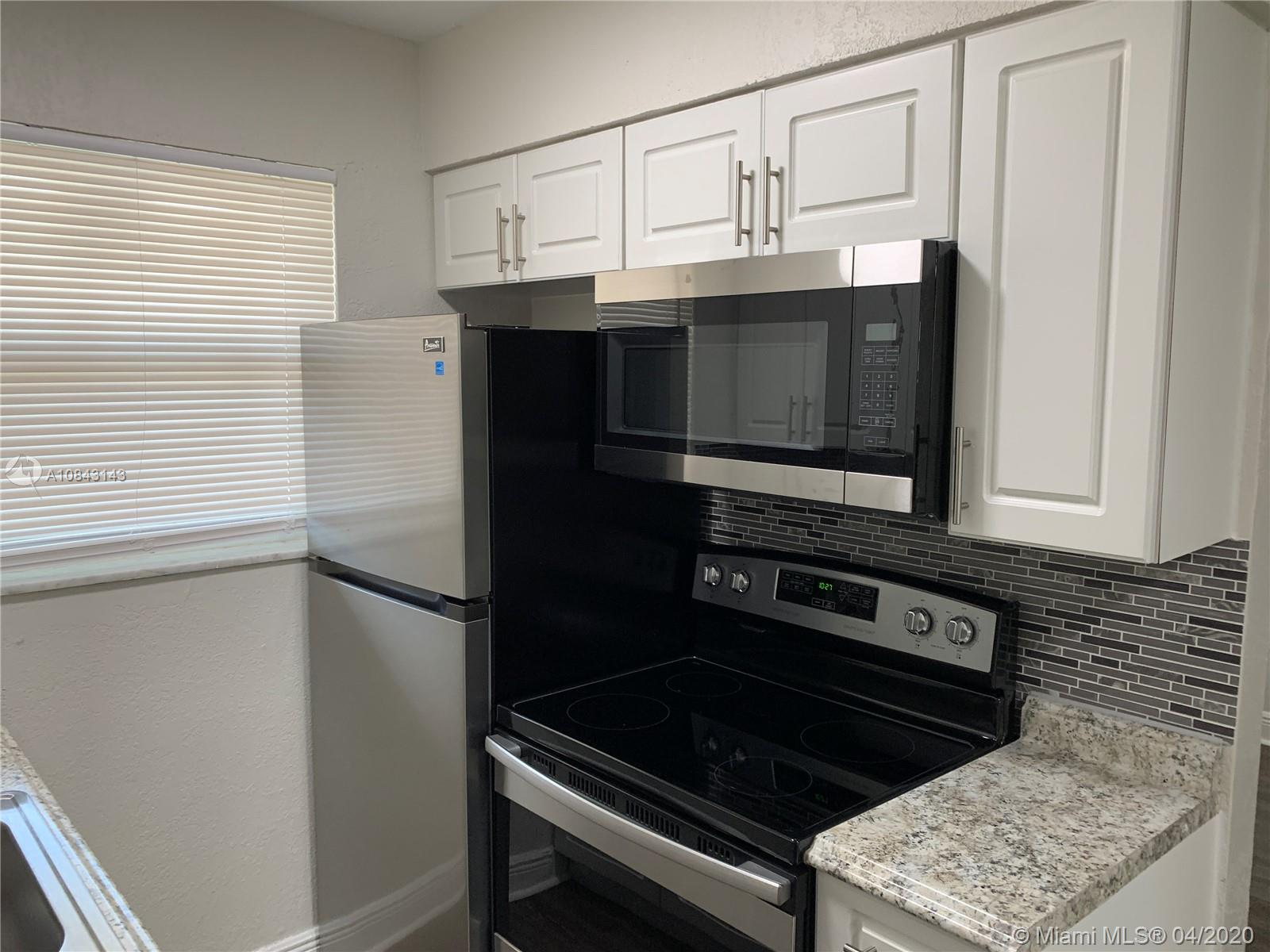 1101 N 22nd Ave #2 For Sale A10843143, FL
