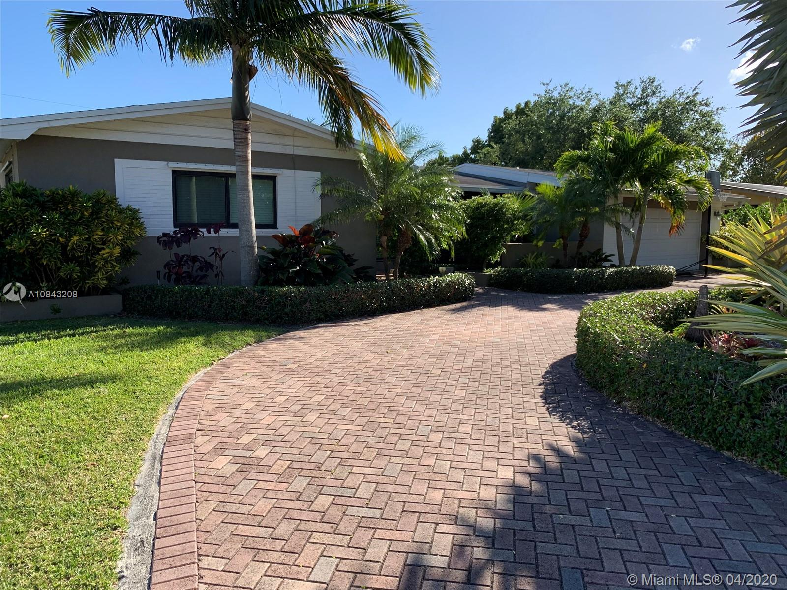 8460 SW 185th St  For Sale A10843208, FL