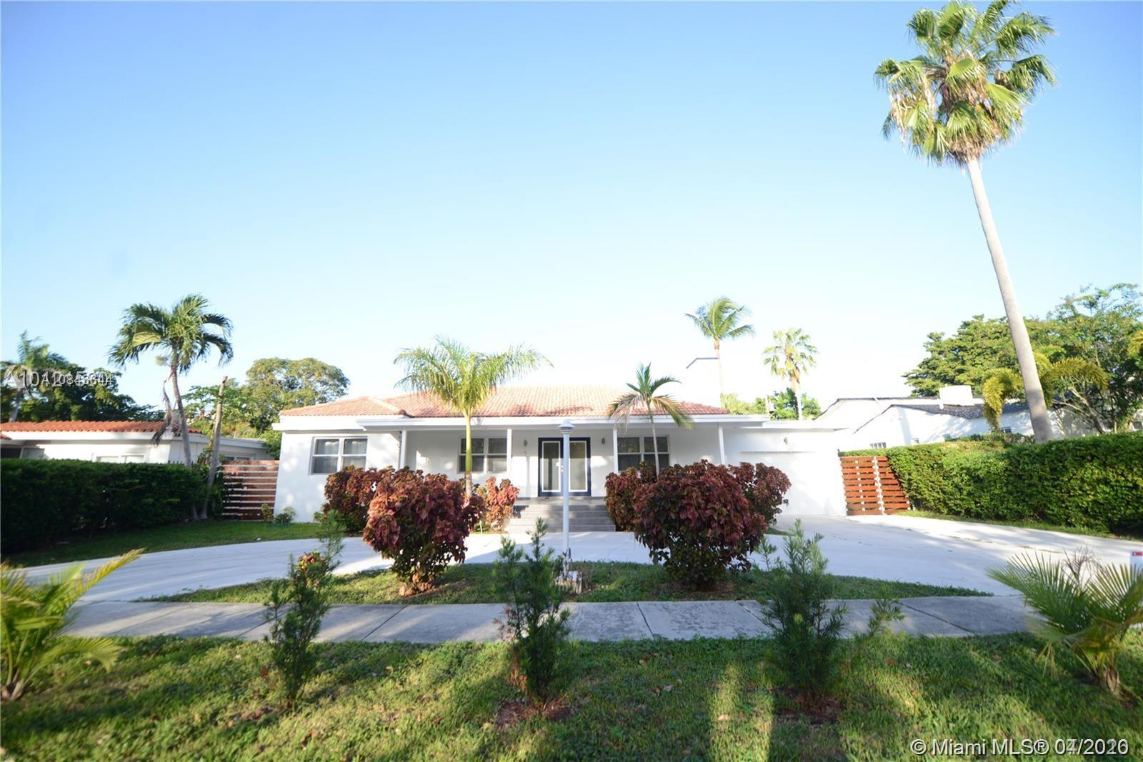 434 SW 24th Rd  For Sale A10843644, FL