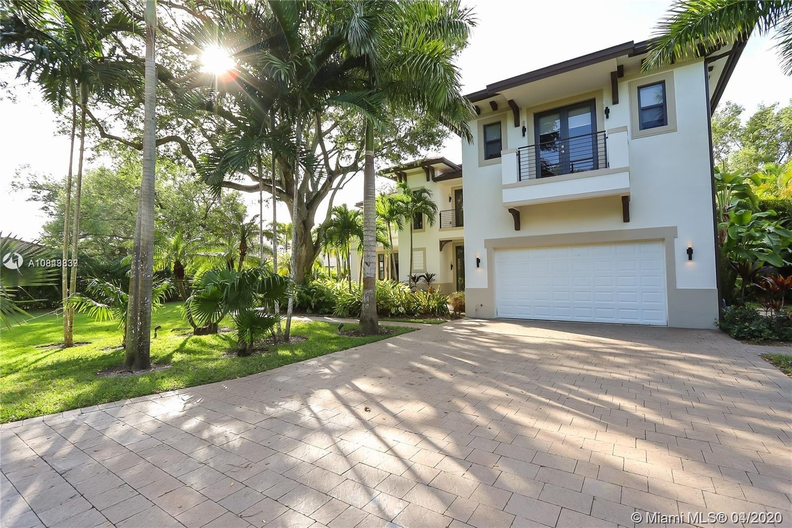 8200 SW 112th St  For Sale A10843837, FL