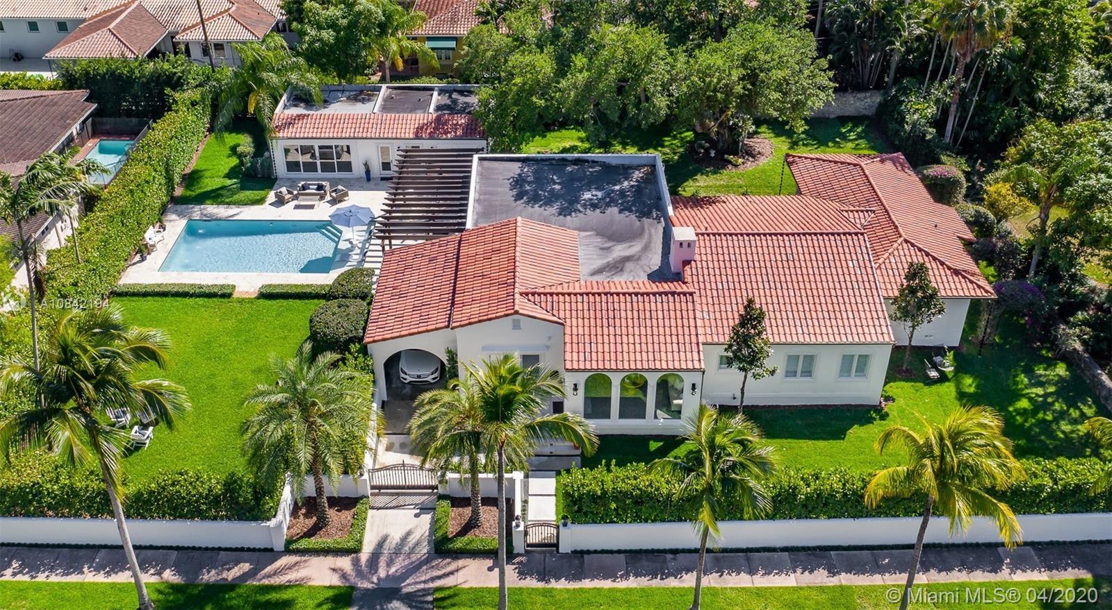 908  Tendilla Ave  For Sale A10842194, FL