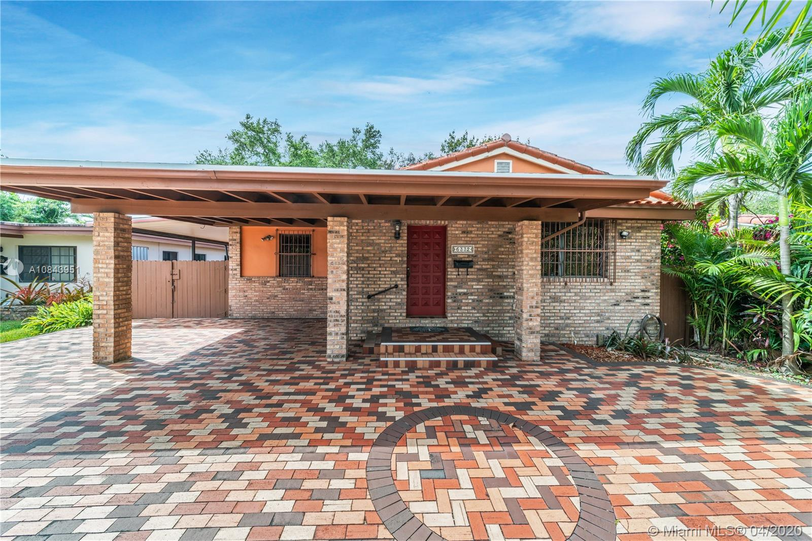 6332 SW 34th St  For Sale A10843951, FL