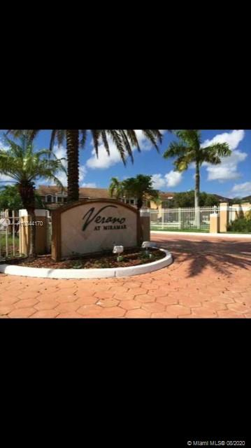 2198 SW 80th Ter #2198 For Sale A10844170, FL