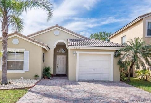 1940 SE 14th Ct  For Sale A10844221, FL