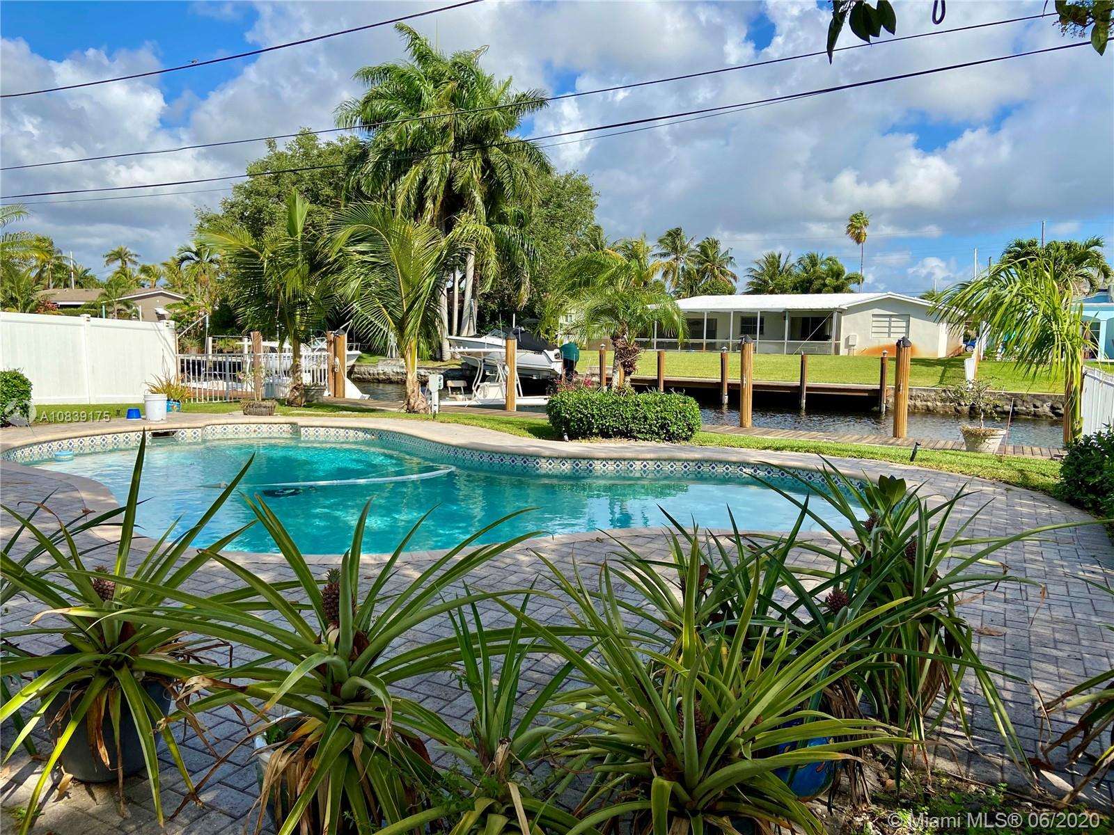 1201 SW 17th St  For Sale A10839175, FL