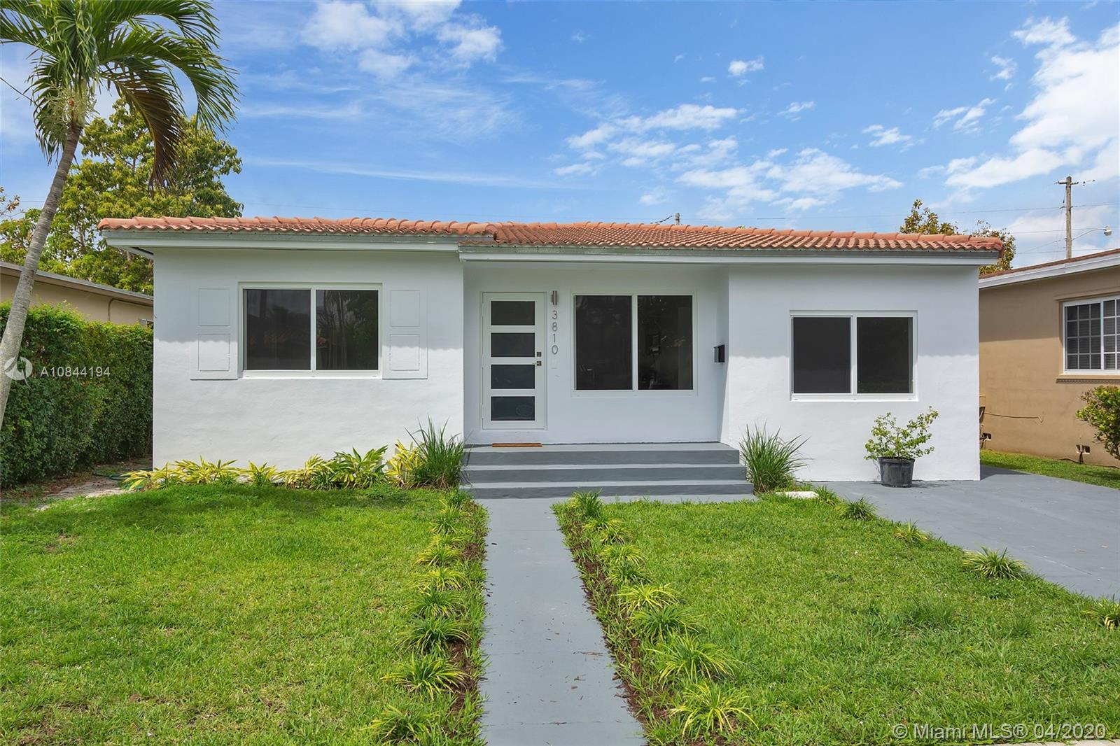 3810 SW 61st Ave  For Sale A10844194, FL