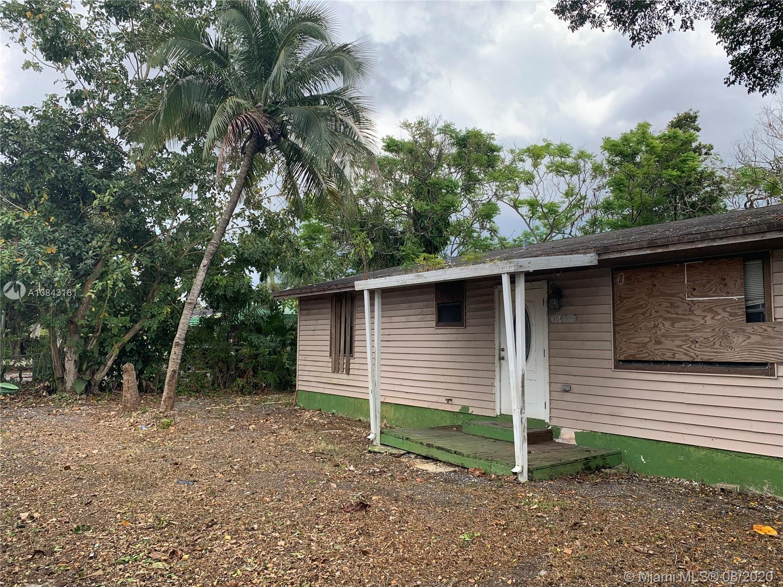 1648 NW 8th St  For Sale A10843161, FL