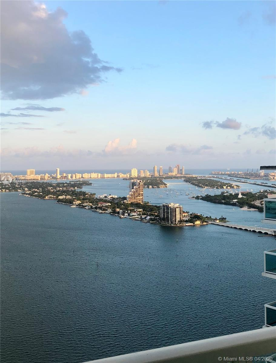 Beautiful 1Bd/1Bth apartment on a 39th floor with amazing views of the Venetian Islands and South Beach. Excellent building with a great amount of top quality amenities. Easy to show.Please request appointment for further instructions.