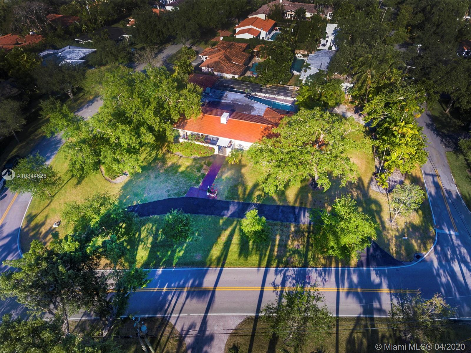 4209  Granada Blvd  For Sale A10844626, FL