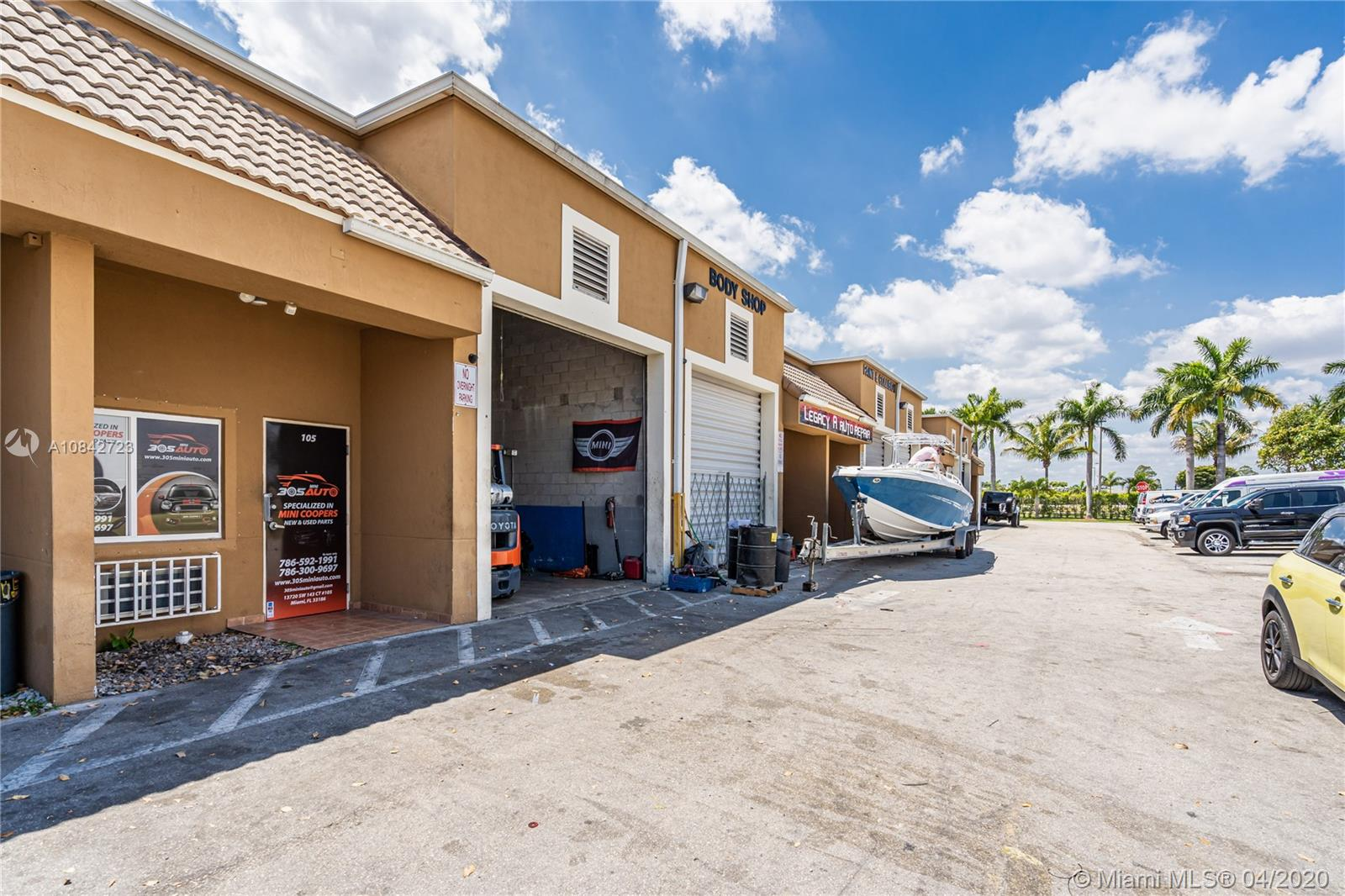 13720 SW 143rd Ct  For Sale A10842723, FL