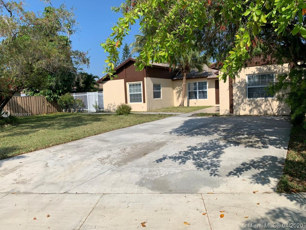 15621 SW 142nd Ct  For Sale A10845935, FL