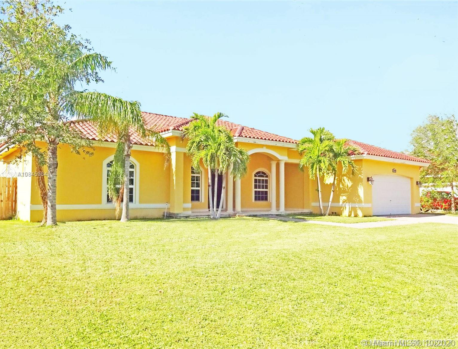 17080 SW 90th Ave  For Sale A10845964, FL