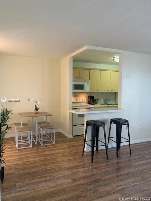 7904  West Dr #616 For Sale A10846259, FL