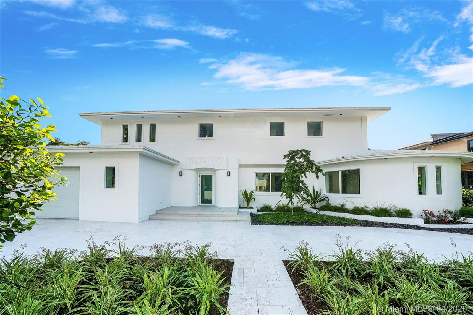 2535  Pine Tree Dr  For Sale A10846635, FL
