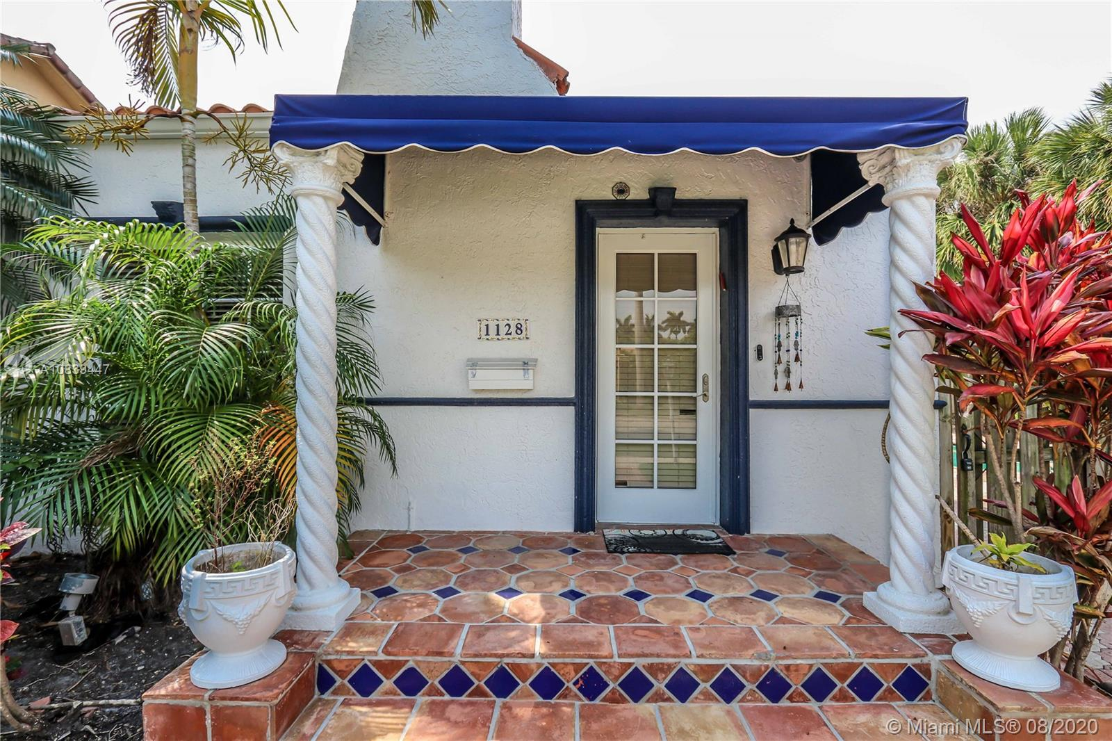 1128  Tyler St  For Sale A10839447, FL