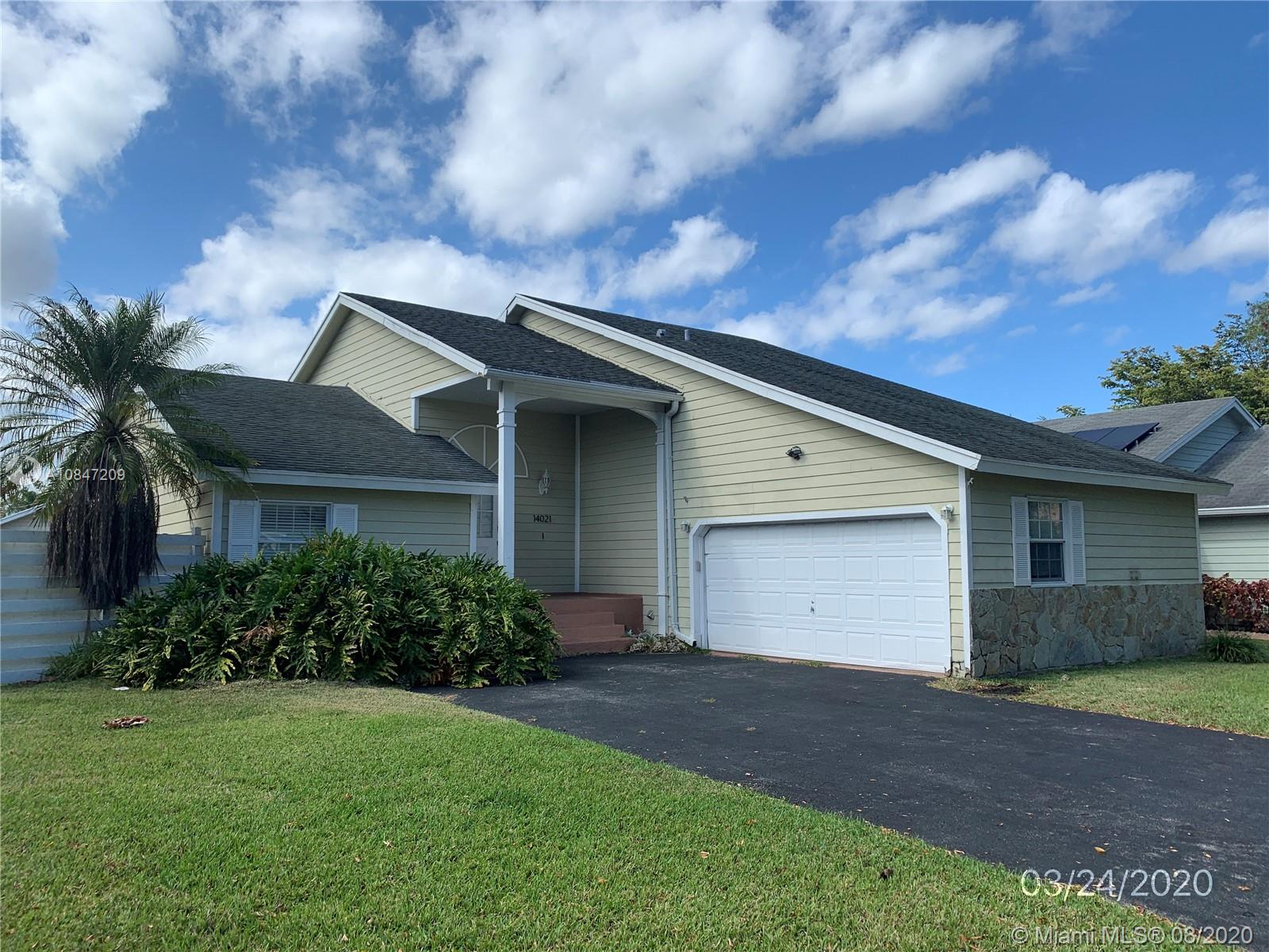 14021 SW 150th Ter  For Sale A10847209, FL