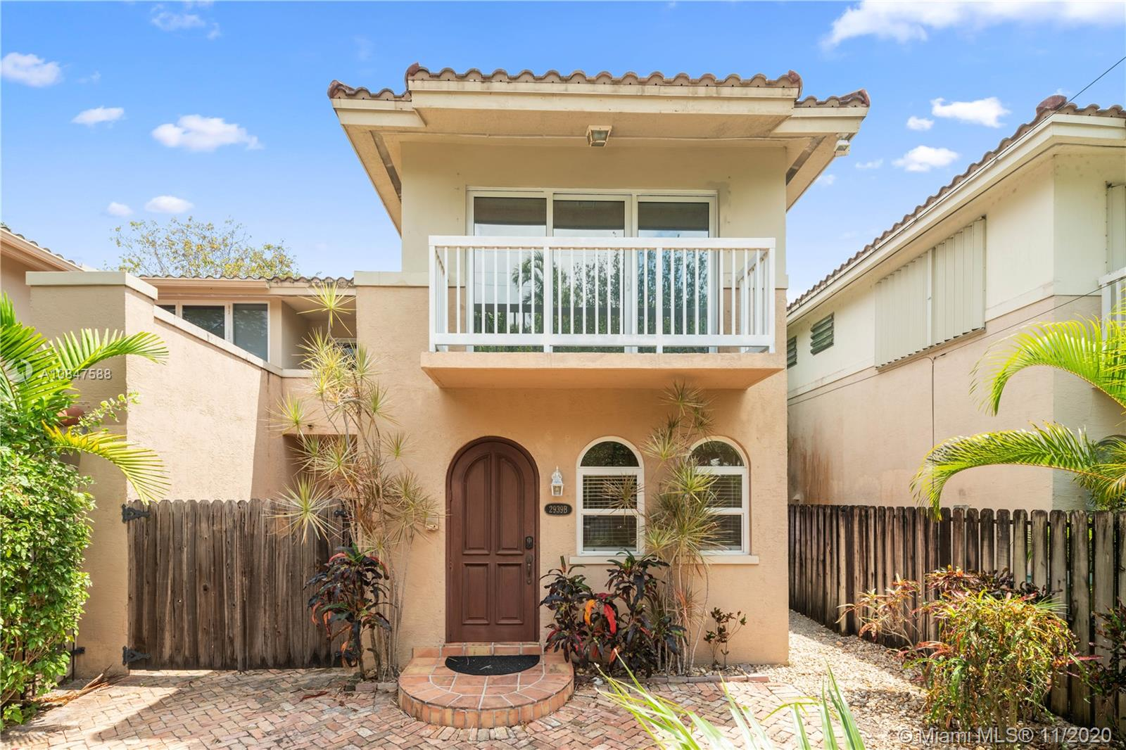 2939 SW 30th Ct #2939B For Sale A10847588, FL