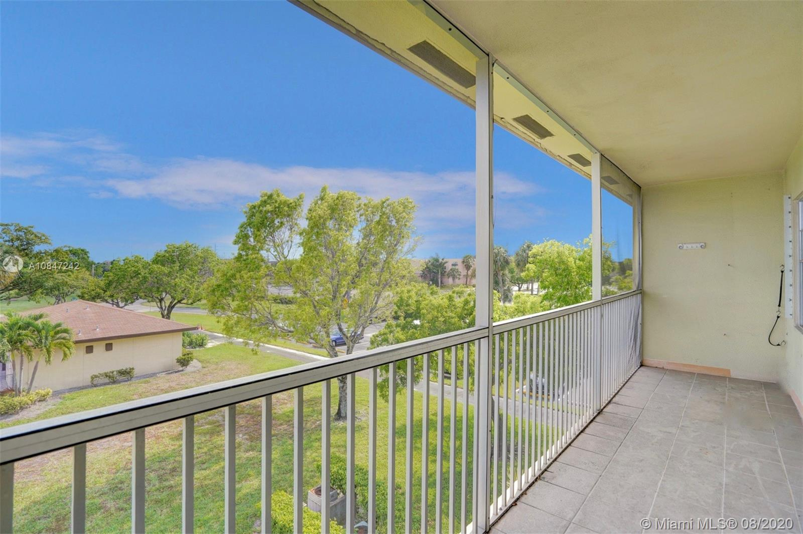 151 SW 135th Ter #313T For Sale A10847242, FL