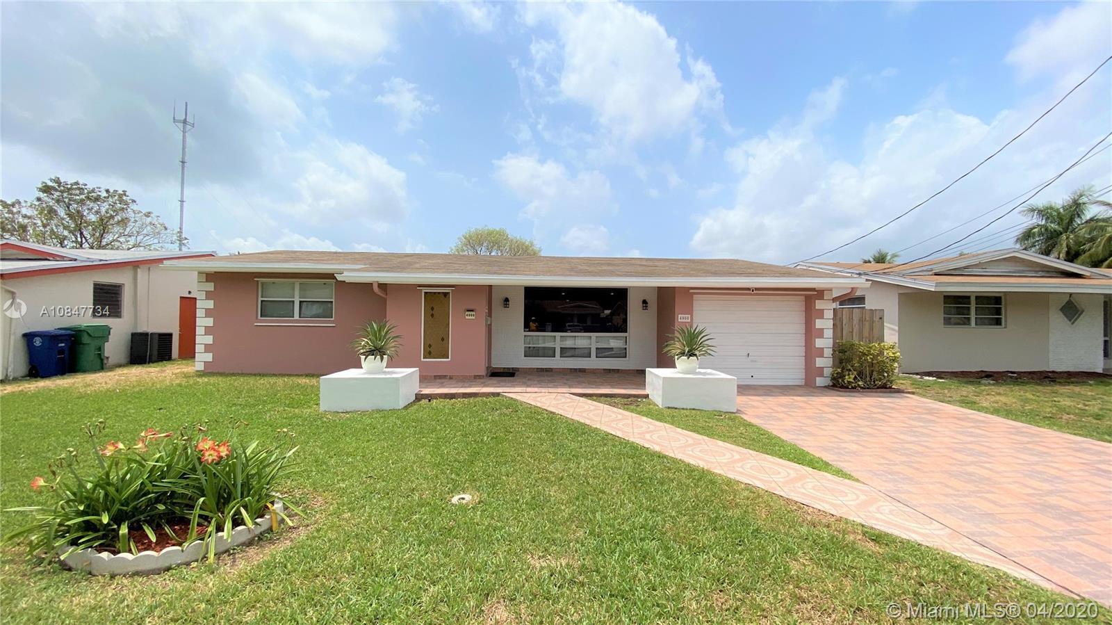 4000 E Shore Rd  For Sale A10847734, FL