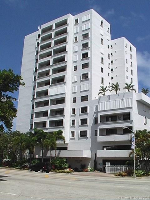 1775  WASHINGTON AVE #5D For Sale A10845123, FL